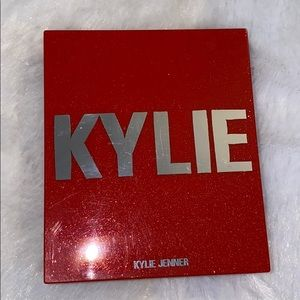 Kylie Limited edition Christmas Blush/Highlighter